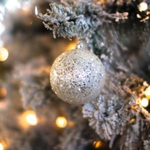 聖なる夜を輝かせる、絶対に外さないクリスマスプレゼントのポイント