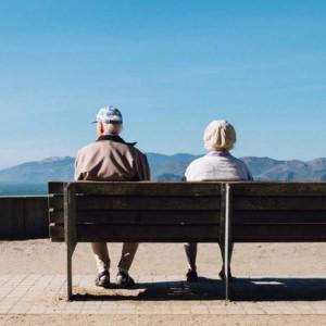 重ねた年齢を祝い、福にあやかる機会「長寿祝い」の意味とその種類