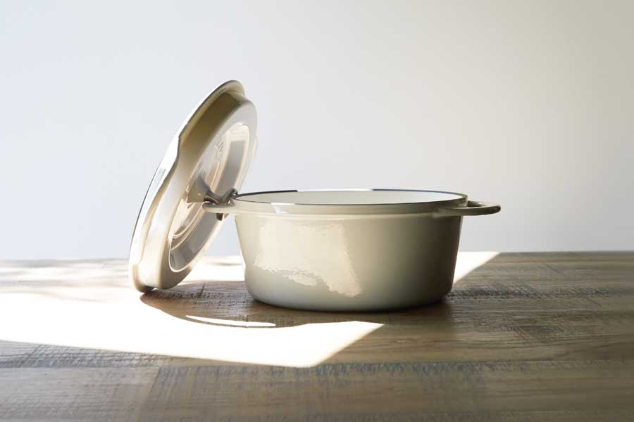 バーミキュラの鋳物ホーロー鍋