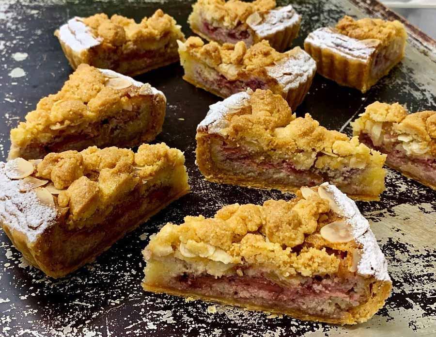 苺とルバーブのパイ