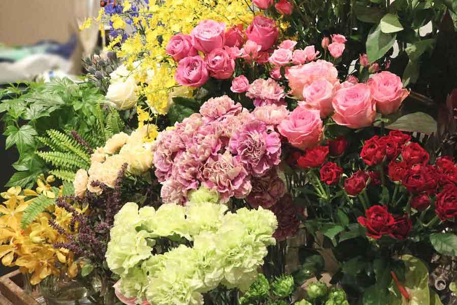 店内を彩るメインのお花