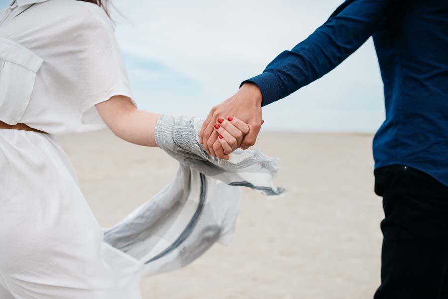 夫婦で結婚式に出席する場合