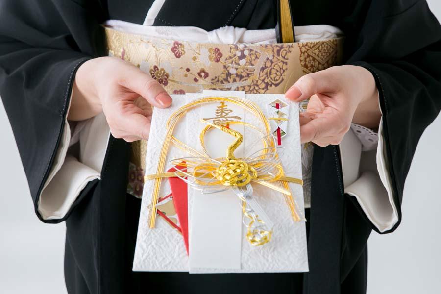 ご祝儀袋のデザインと包む金額のバランス