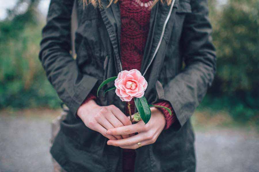 花を贈る意味と起源