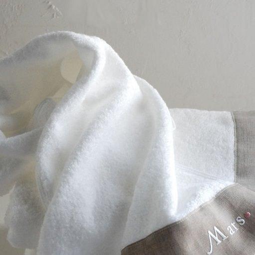 空間を彩る上質タオル