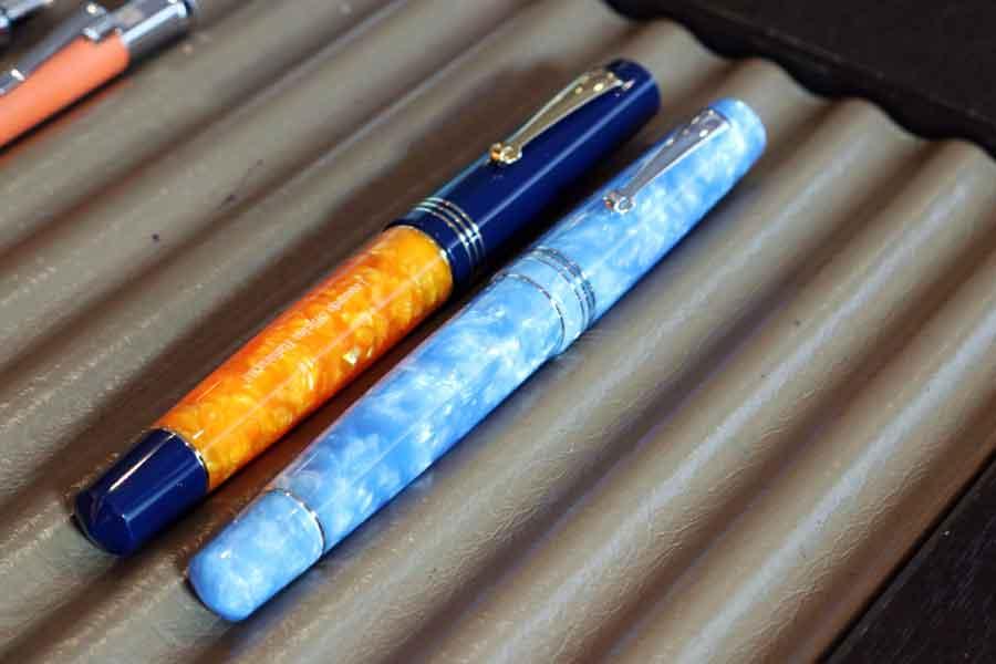 イタリア製の万年筆